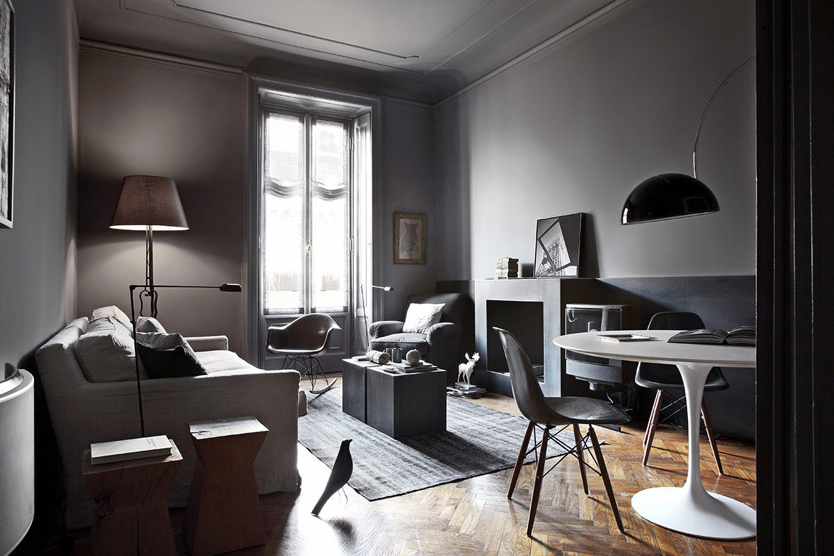 Dark rooms bringing an essence of excitement and drama for Decorating dark spaces