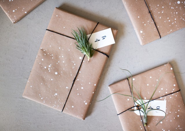 Bildresultat för christmas gift wrapping inspo