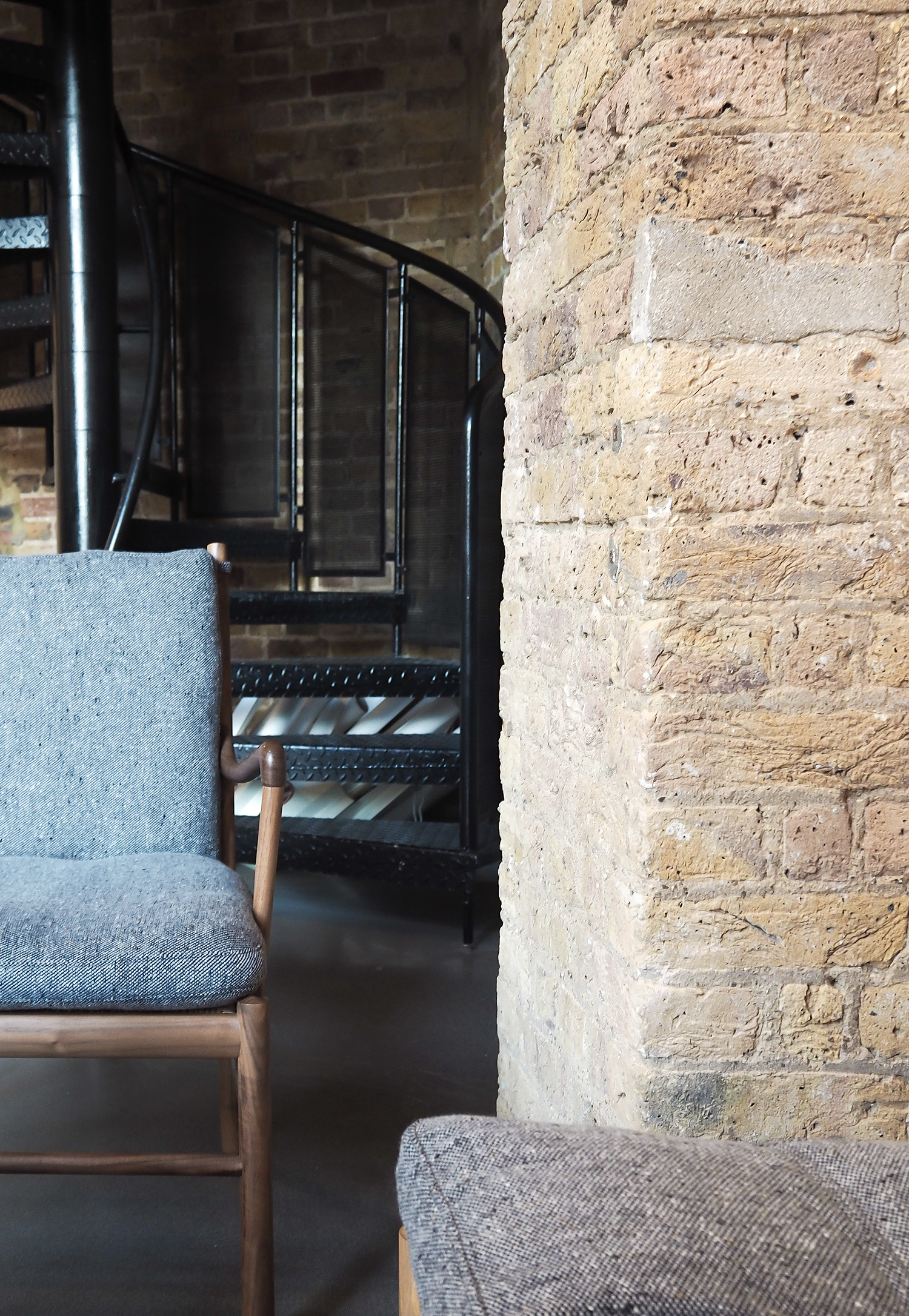Carl Hansen, Colonial chair in Mourne textile upholstery