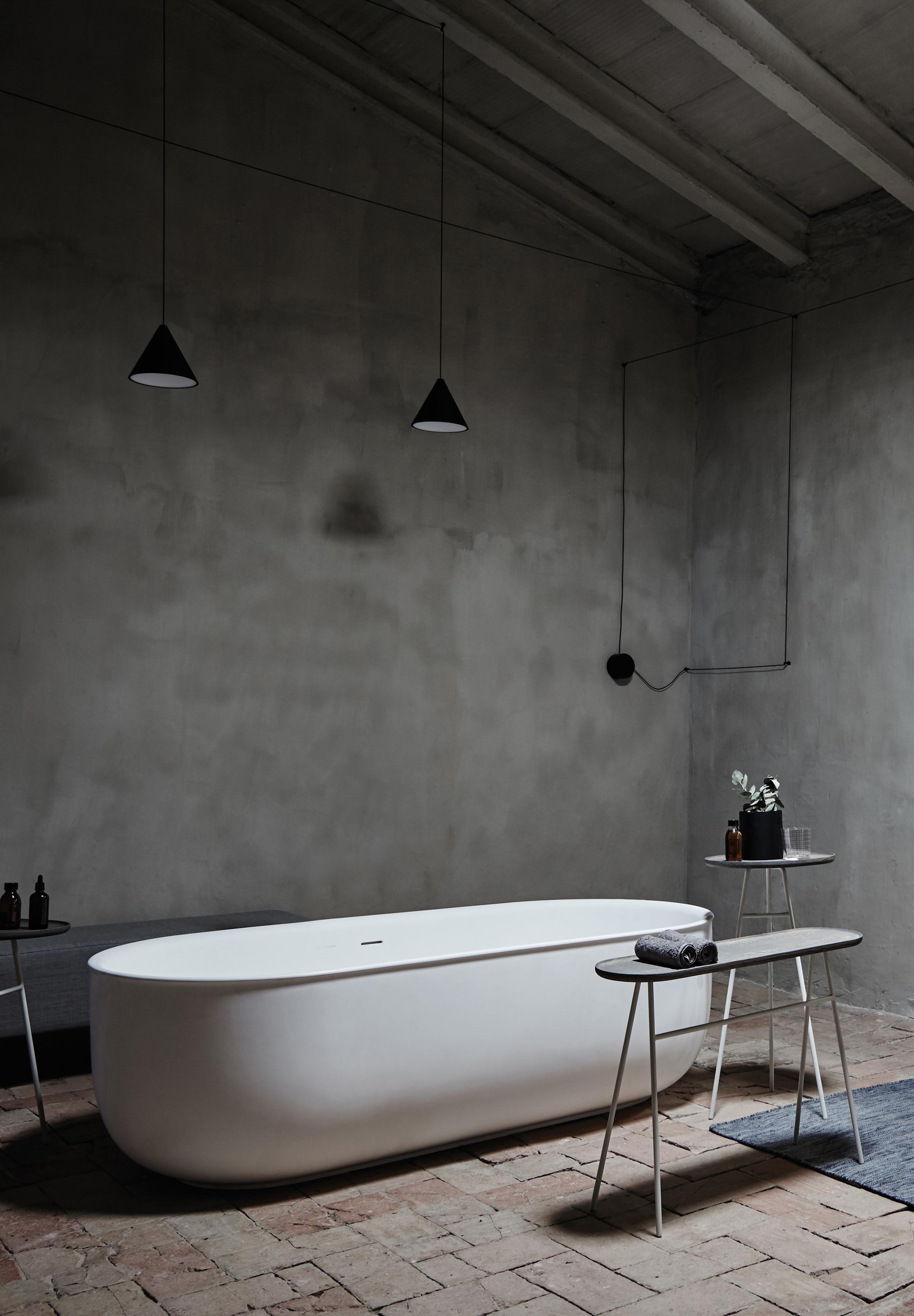 A minimalist bathroom