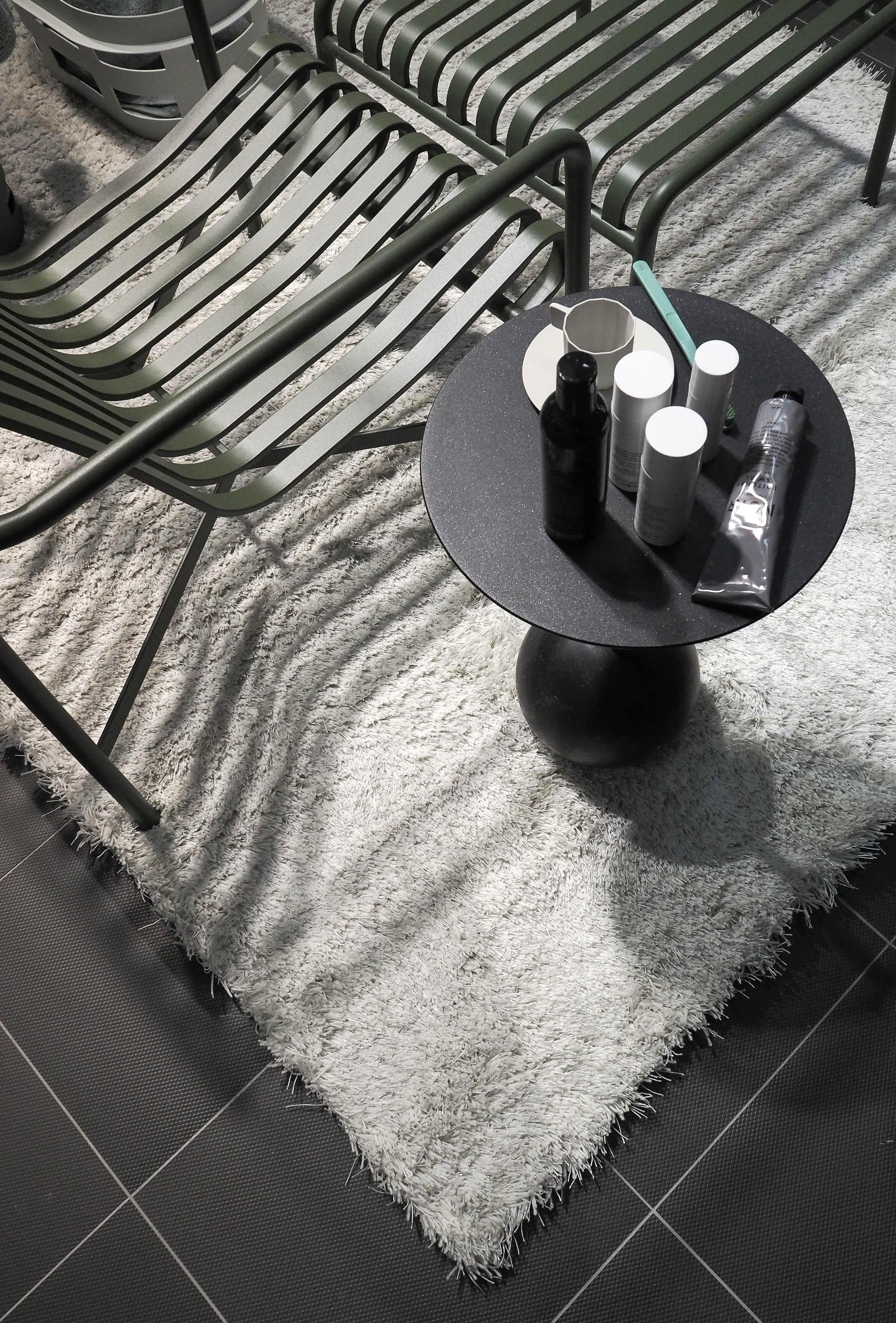 Bathroom styling by Lotta Agaton