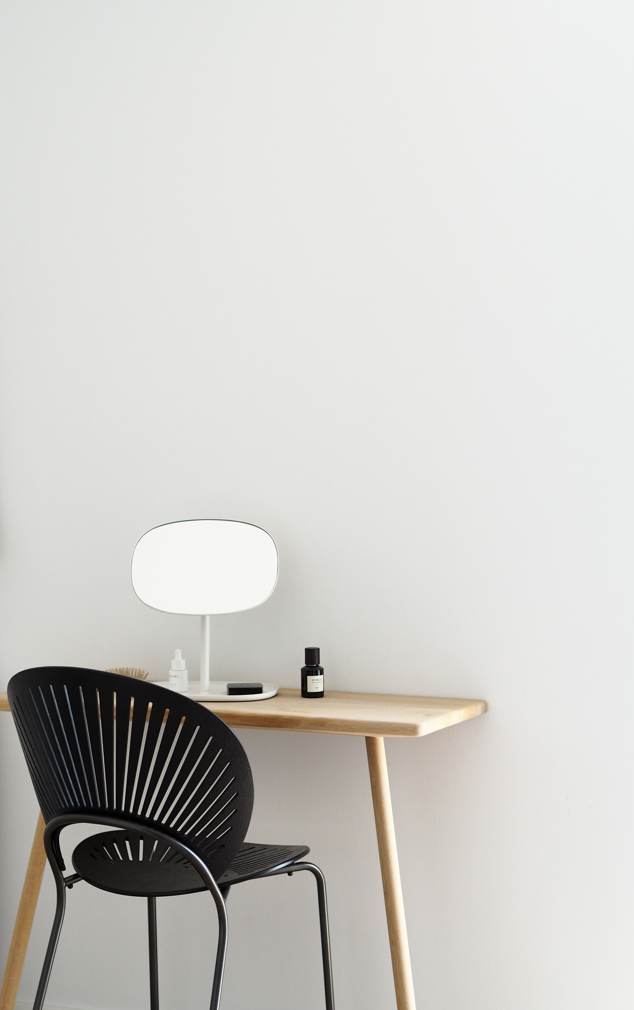 Trinidad chair , Scandinavian minimalist dressing room