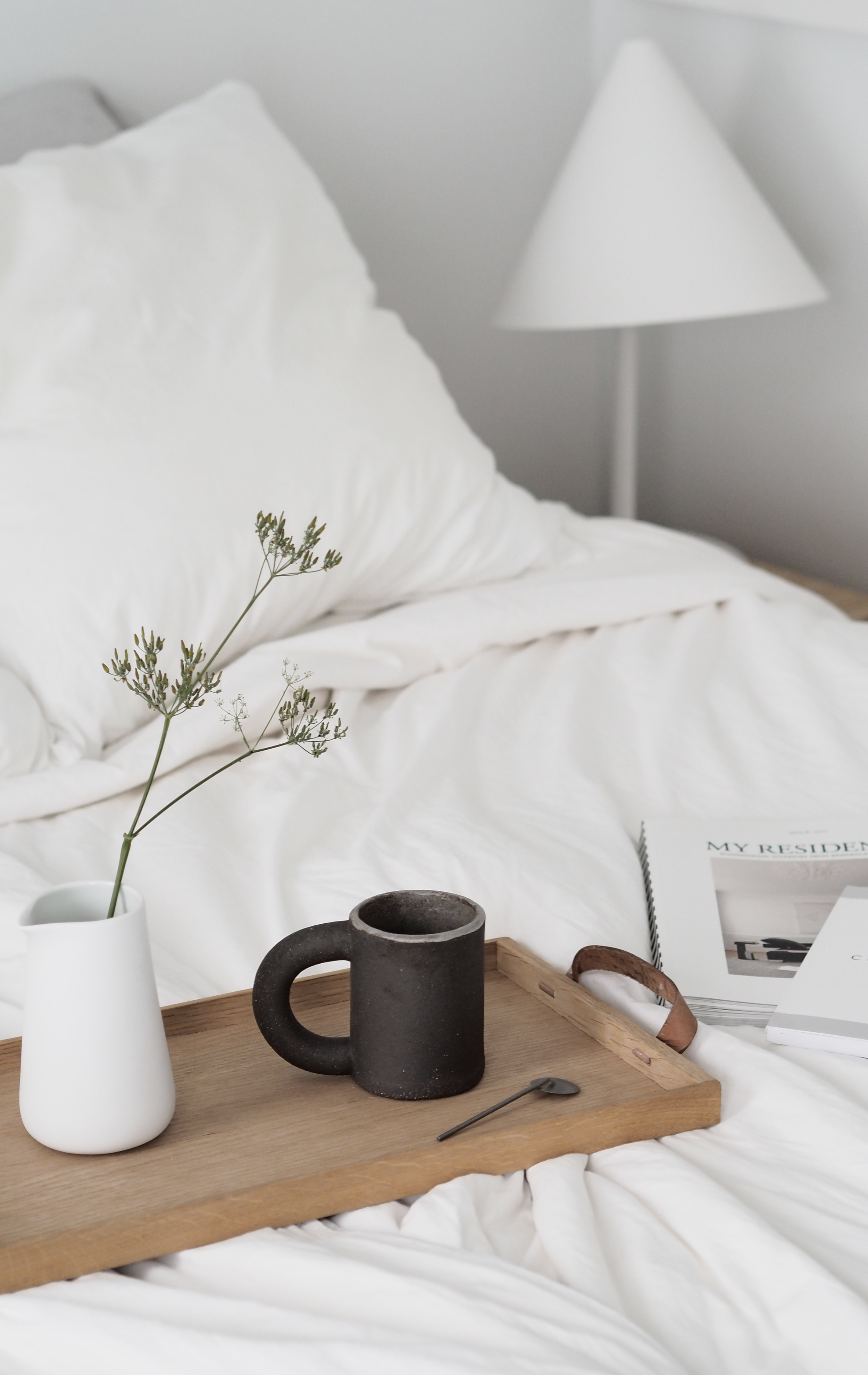 The importance of rest. A Scandinavian minimalist bedroom